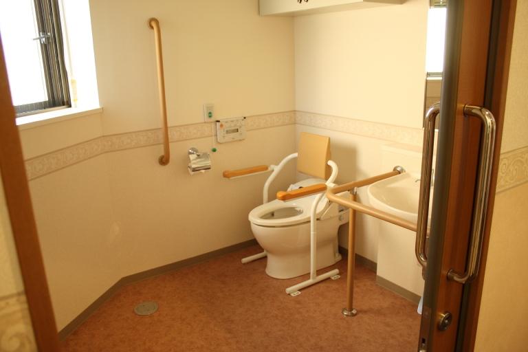 機能性と清潔感を考慮したトイレ